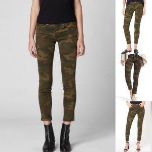 NWOT BLANKNYC The Reade crop camoflouge jean